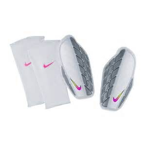 NIKE PROTEGGA PRO FOOTBALL SHIN GUARDS WHITE NIKE